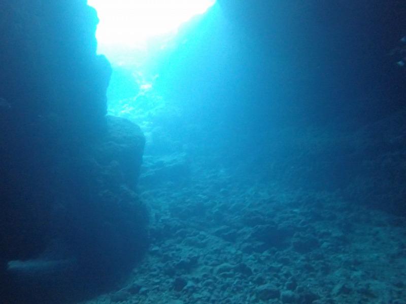 青之洞窟&沖繩特色拖鞋