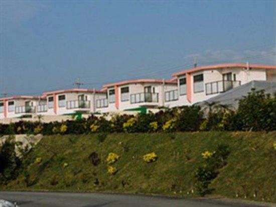 沖繩Villa Motobu Hills Resort(本部山别墅度假村)